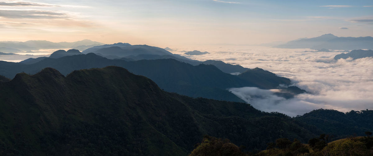 Hiking Low Angle View Mountain View Panorama Panoramic Silhouette Thai Travel Adventure Cinema Cloud - Sky Destination Idyllic Mountain Tak Twoloverspoint Viewpoint