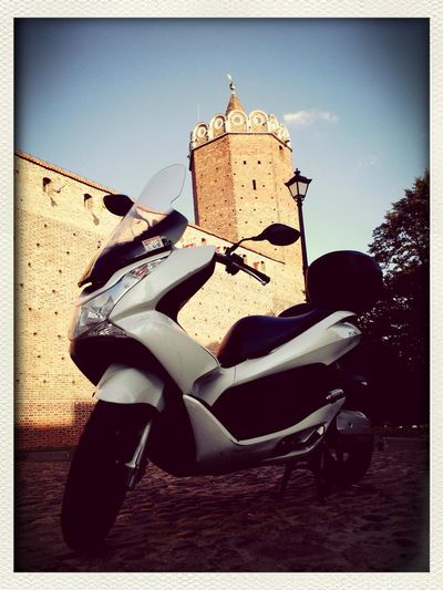 On the road with PCX Honda HondaPCX Castle Honda PCX 125