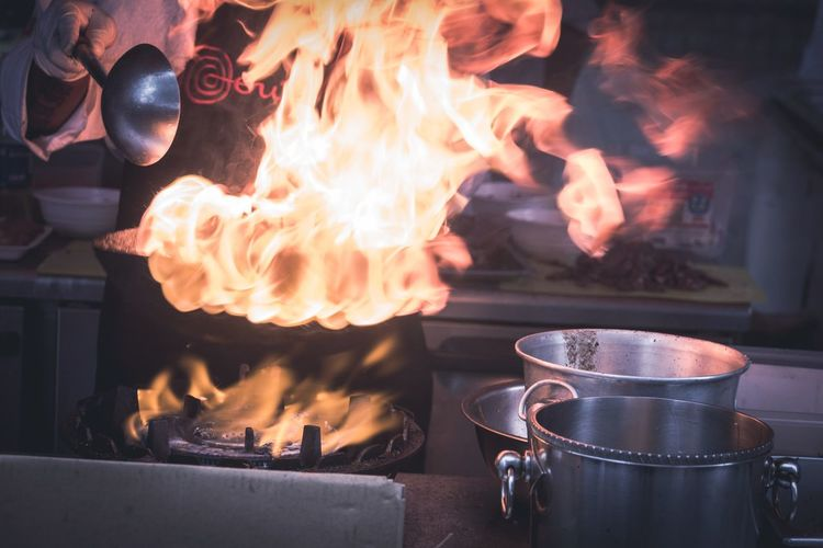 Fire Cooking Streetphotography A Taste Of Life EyeEm Best Shots Getting Inspired Enjoying Life Learn & Shoot: Layering The Moment - 2015 EyeEm Awards Kitchen Paint The Town Yellow