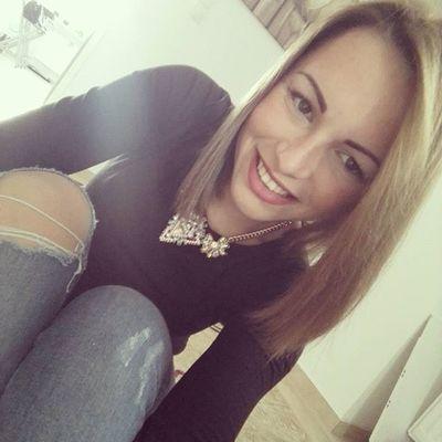Smajlo Bianchi Selfietime Selfies Brunette Beautyfulday Me SK  Slovak Lvl 😚 Picture Like4like Likeforlike Likesforlikes Follow BrownHair Browneyes