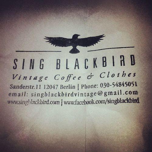#singbackbird #berlin #cris&giuly Berlin Cris Vintagecoffee Singbackbird Singblackbird