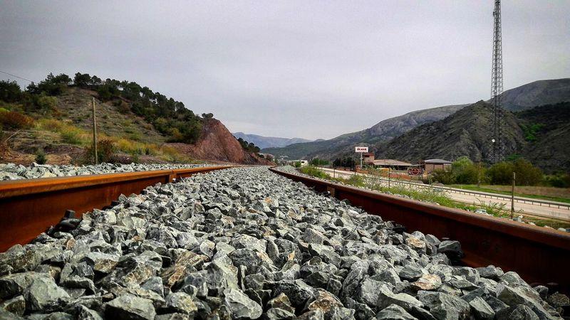 Railway Spring Weekend Objektifimdenyansıyanlar Benimkadrajim Objektifimden Hayatinrenkleri Benimgözümden Hayatakarken