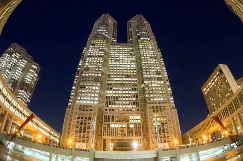 このフィッシュアイレンズを買おうと思い始めた場所。横構図で都庁全景をどうしても切り取りたくて。 Night View Nightphotography Fisheye Landmark Building EyeEm Best Edits EyeEm Best Shots Olympus 最後の決め手は東京駅でした。