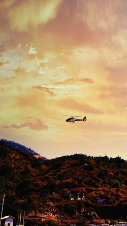 Flying Sky Airplane Sunset Cloud - Sky Air Vehicle Outdoors Nature Eye4photography  EyeEm Best Edits Mode Of Transport Oneplusphotograpgy Flying High Oneplus3T Helicopter Chopper Snapseed Camera360 EyeEm Mountains Mountains And Sky Mountain Range Magicsky