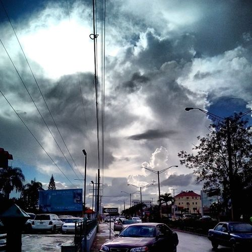 Noon Sky Streetphoto Charlieimages Photojournalism sun clouds