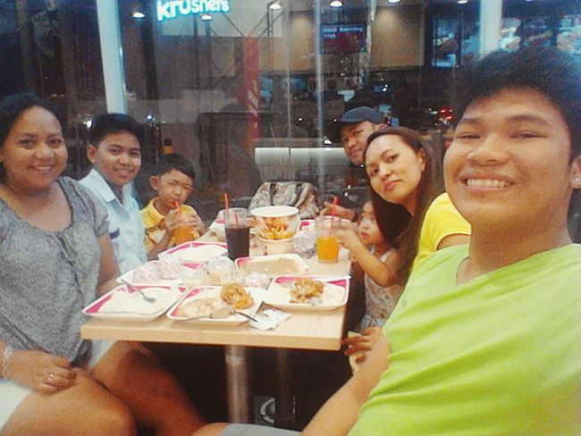 KFC with Family Busog  Yumyumyum