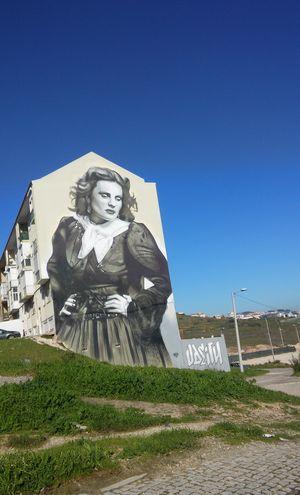 Amalia Rodrigues Amadora Portugal Arts Culture And Entertainment Graffiti Art Graffiti Wall Graffiti Tribute Tribute Fado Artist Odeith
