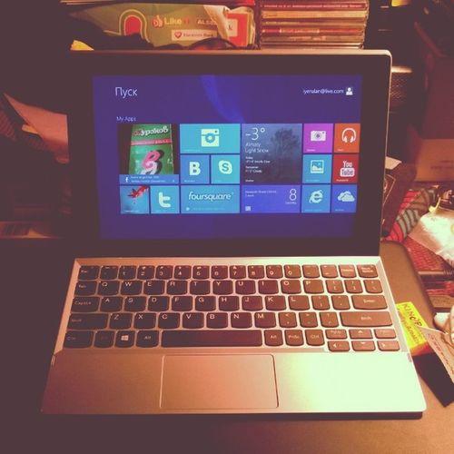 """Я планировал купить нетбук, но когда мне дали на обзор Lenovo Miix2 10"""" - гаджет 2в1, я понял, что мне нужно именно это!  Планшет и  ноутбук, ноутбук и планшет - это как раз для меня!"""