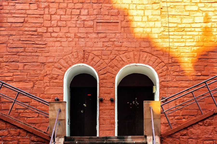 Architecture Built Structure Brick Wall Day No People Building Exterior Outdoors Mughalarchitecture Historical Monuments Red Fort New Delhi India Architecture Sunlight Shadows & Lights Light And Shadow The Architect - 2017 EyeEm Awards