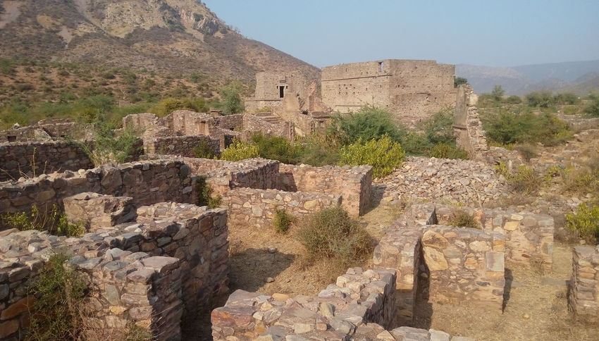 historical place bhangarh and horrible place EyeEm Selects Arid Climate Cliff Sky Ancient Civilization Archaeology Civilization Geology Ancient History