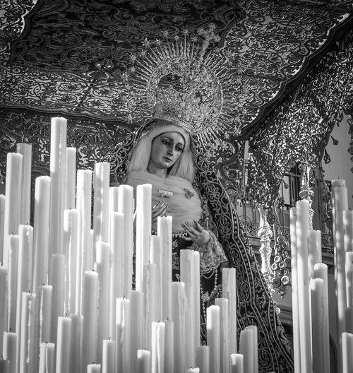 Semana Santa en Sevilla. Andalucía. España. Blackandwhite Blackandwite Blancoynegro Monochrome Andalucía Andalusia Sevilla Seville Fotocallejera Streetphotography Semanasanta Semana Santa Tradiciones