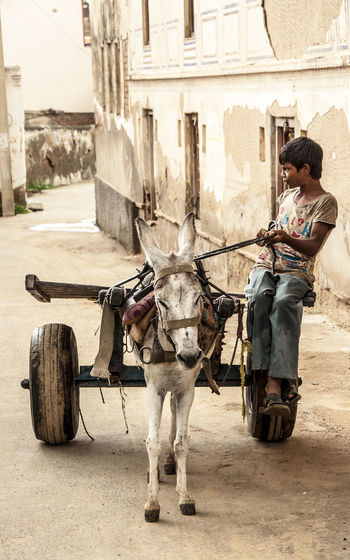 India Untold Stories Picturing Individuality Deserts Around The World Man At Work Mandawa Mens Taxi Travel Photography Traveling The Portraitist - 2015 EyeEm Awards Eye4India