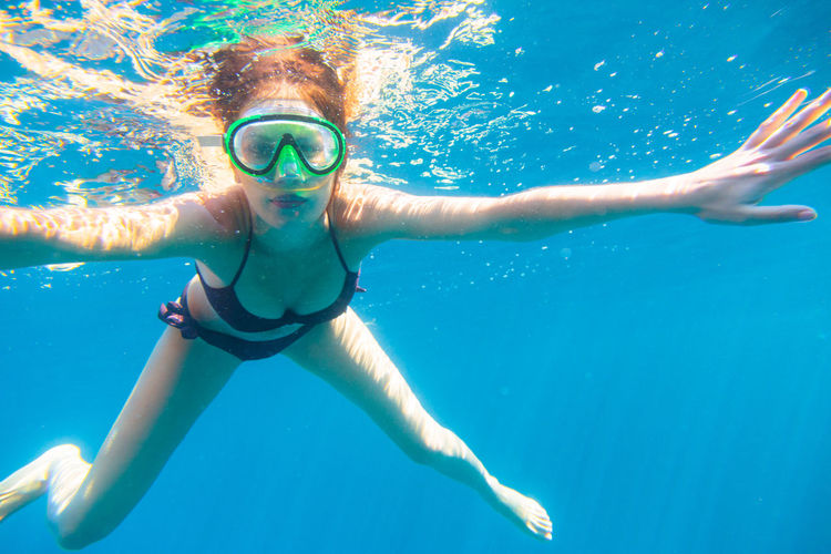 Fun Goggles Happy Lifestyle Mediterranean  Mediterranean Sea Nature Summer Vacation Swimming Vacations Beautiful Woman Bikini Face Lifestyles Mask Ocean Outdoors Sea Snow Summer Underwater Women Young Women