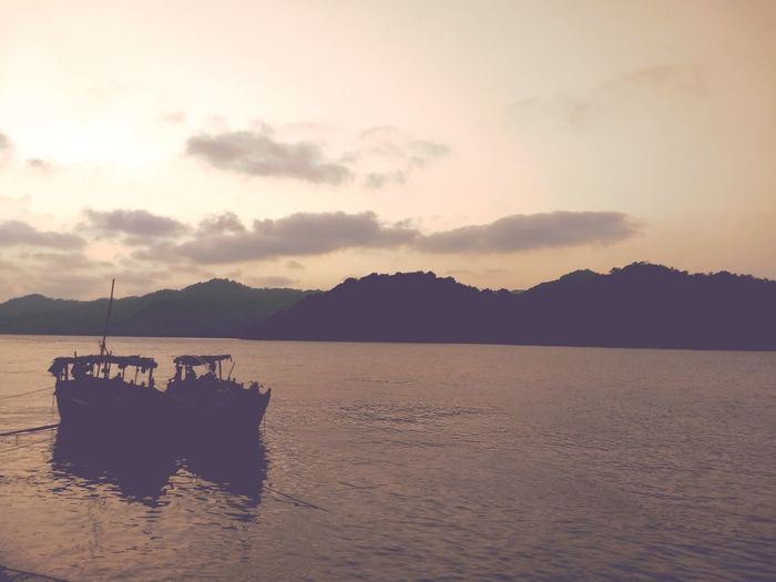 serene and peaceful EyeEm Selects Oil Pump Mountain Sea Water Sunset Pastel Colored Sky Landscape