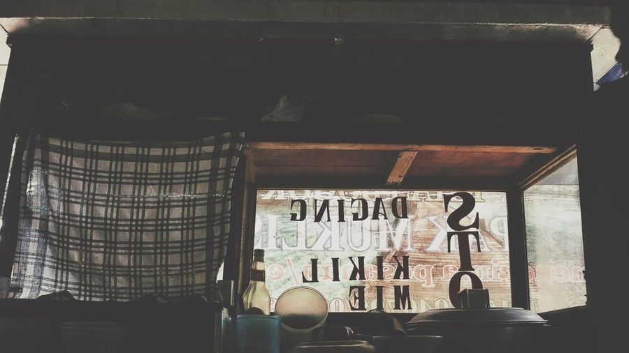 Soto adalah makanan khas Indonesia yang memiliki cukup banyak varian, beberapa propinsi di Indonesia memiliki jenis soto berbeda. Soto Betawi, Soto Sokaraja, Soto Surabaya, Soto Mie Bogor, dll. Eye4photography  Mobilephoto Streetphotography