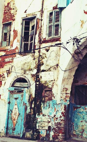 Architecture Old Buildings Windows And Door Lonely Old House Special Even Though Interesting Dirt :p City :&