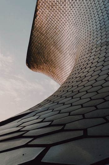 Pattern Architecturelovers Streetphotography Nikon Façade City Hexagon Curve Sky Low Angle View Nature No People Day Cloud - Sky Sunset Built Structure Pattern Building Exterior