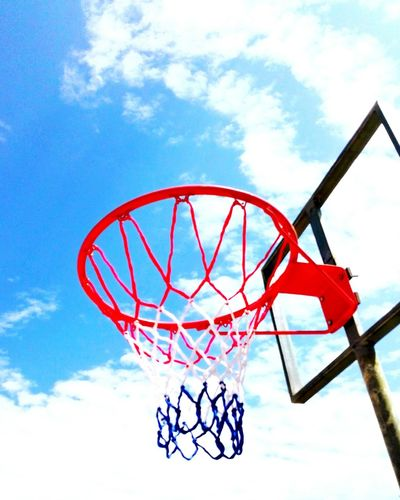 Basketball Cheese! Relaxing Hello World Enjoying Life Hanging Out Hanging Out Beautiful View Live Life Without Regrets Start Out Fresh And Enjoy ♡  Capture The Moment Like And Follow EyeEm Gallery Spectacular View Amazingnature Eyeeem 2016 Nice Day Colour Of Life Light Live Motion Wow!!😋 Home Is Where The Art Is Life In Motion Like And Follow Me Like4like Waiting Game