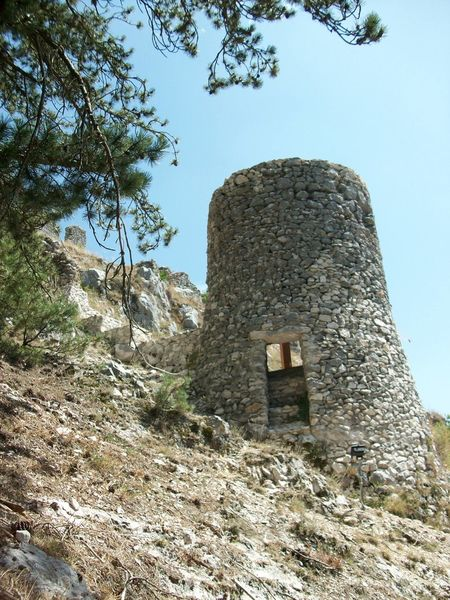 EyeEmNewHere National Park Abruzzo - Italy Architecture History Italy Old Ruin Ruined Castle Stone Ruins Tower