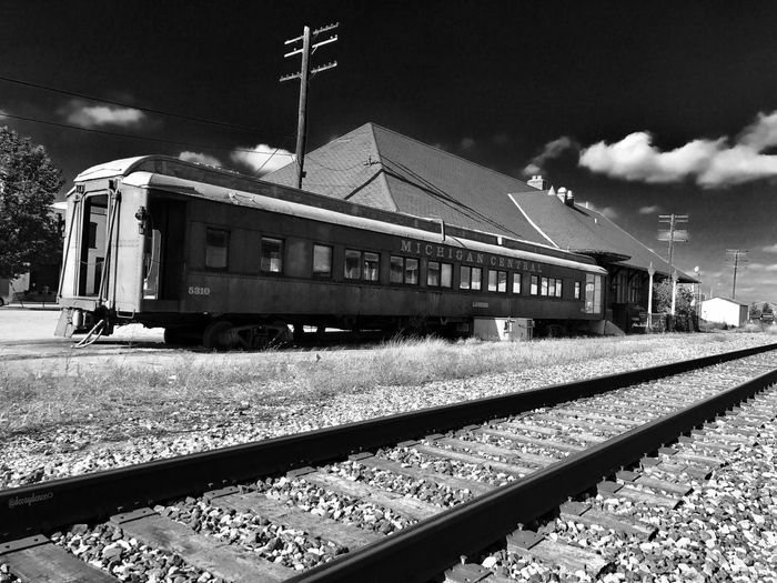 The old Clara's in Lansing Michigan Railroad Track Rail Transportation Transportation Train - Vehicle Sky Mode Of Transport Public Transportation Railroad Station Platform Day Outdoors No People Cloud - Sky Railroad Station Built Structure Locomotive Architecture Steam Train First Eyeem Photo EyeEmNewHere EyeEm Best Shots