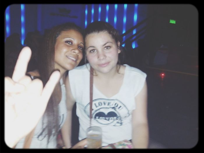 te amo muchisimo cuñada amiga hermana ~ Amigosenlasmalas;)