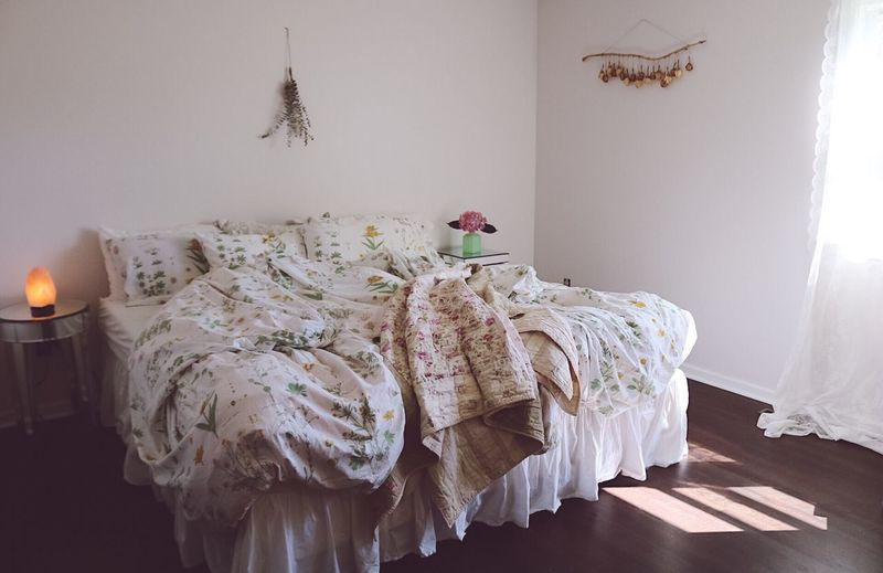 Photooftheday Check This Out Popular Photos EyeEm Best Shots Bedroom Sunshine EyeEm Indoors  No People Home Interior Domestic Room Bedroom Furniture Wall - Building Feature Textile Bed Pillow Pattern