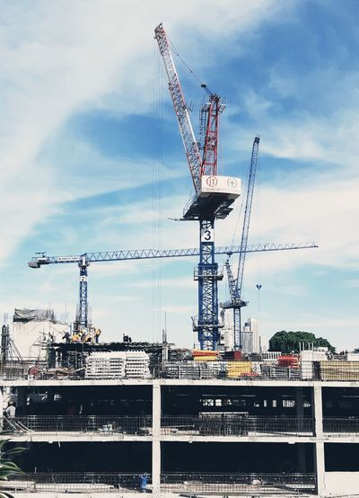 Construction Technology Business Finance And Industry Golf Club Sky Office Building Electricity Tower Container Ship Crane - Construction Machinery