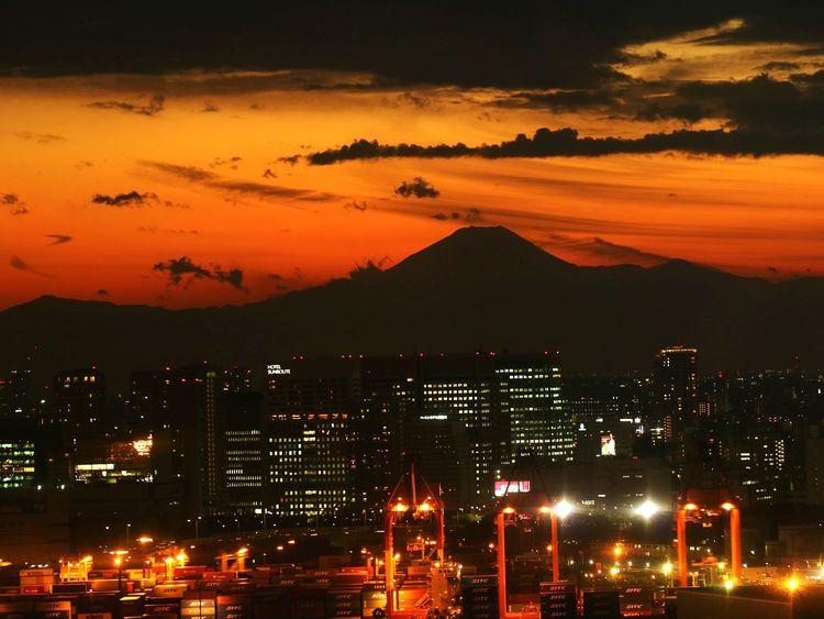 Cityscape Tokyo Silhouette Sunset Sunsets Mtfuji Mountain Crane Gantry Cranes Japan Bay Orangesky