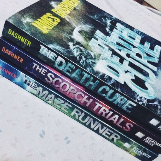 New babies! Enjoying Life Books The Maze Runner Relaxing lol