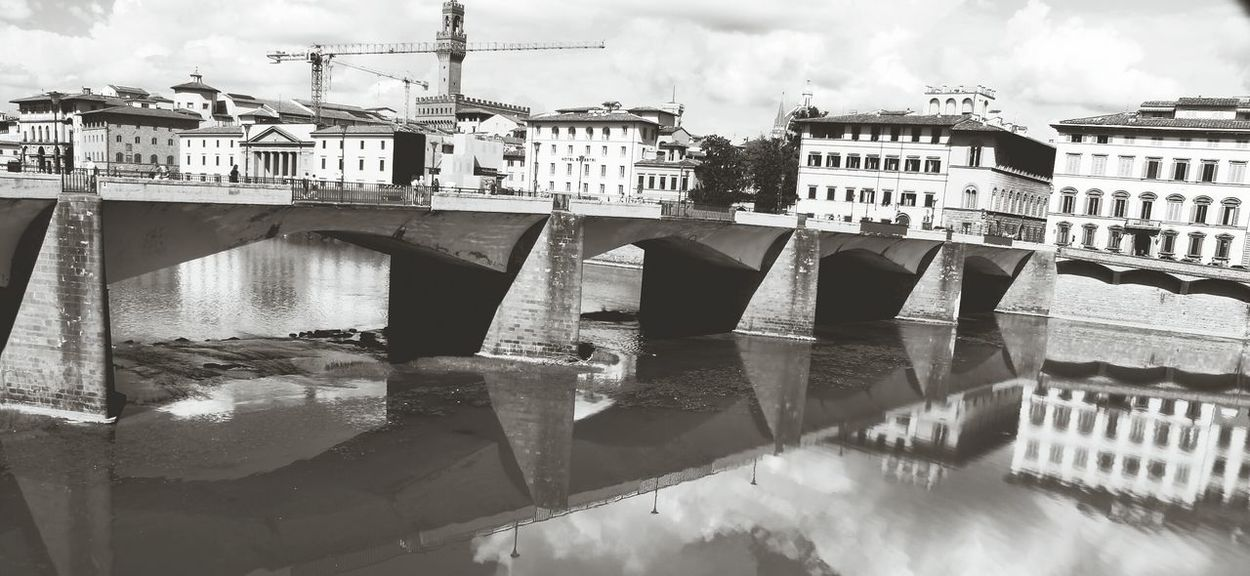 Italy Toscany Florence Florence Italy Arno  Arnoriverflorence River View Brige Photo Brige Over River River Architecture Water City