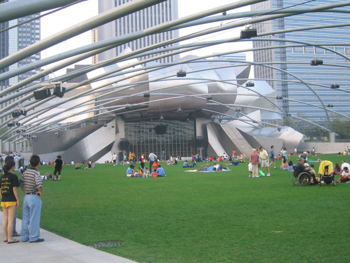 Chilling in Chicago Architecture Arts Culture And Entertainment Chicago Chicago Architecture City City Life Cityscape Cityscapes Day Illinois Large Group Of People Lawn Music Music Brings Us Together Outdoor Outdoor Photography Outdoors Park Park - Man Made Space People Public Real People Togetherness