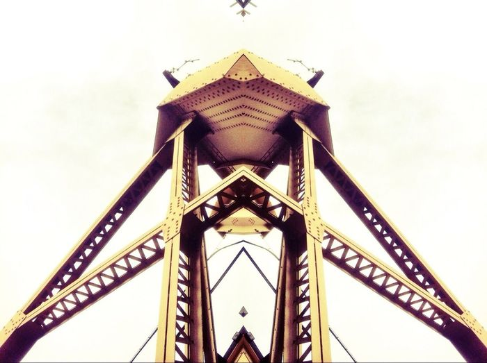 Symmetecture
