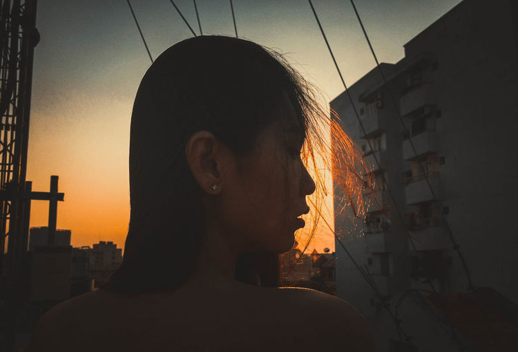 Girl Sunset Youth EyeEm Best Shots Asian Girl Beautiful Young Women Youth Of Today Eyeemphotography Capture The Moment EyeEm Gallery EyeEm Best Edits Showcase June Portrait