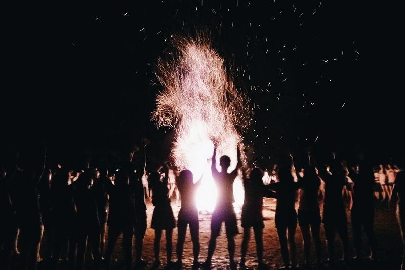 My18+ Withfriends ❤ Camp Fire Minhhtriss