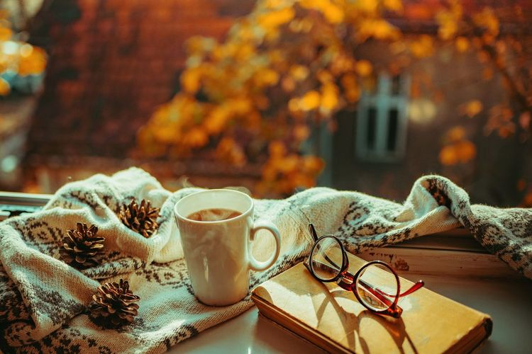 Autumn Morning Coffee Coffee - Drink Hygge Backgrounds Lifestyles Sweter Nature_collection Close-up Home Interior Home Lovely Book Glasses Akcent Autumn colors Autumn Mood Cozy Cozy Moments Cozy At Home Eyeglasses  Autumn Table Close-up Leaves Fall Leaf Vein Tea Teabag