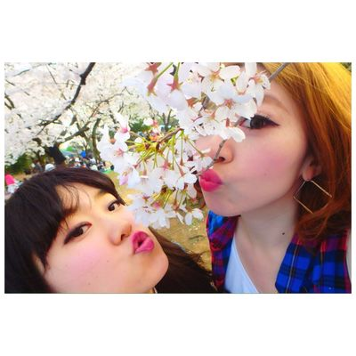 Park Cheese! With Cherry Blossoms Season  Me Girl Fashion People Friends 🌸👭❤️