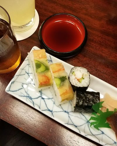 Food And Drink Drink Food Freshness Japanese Photography Japanese Food 忘年会 Yam Yam 寿司 Healthy Eating Sushi Sushilover 蟹