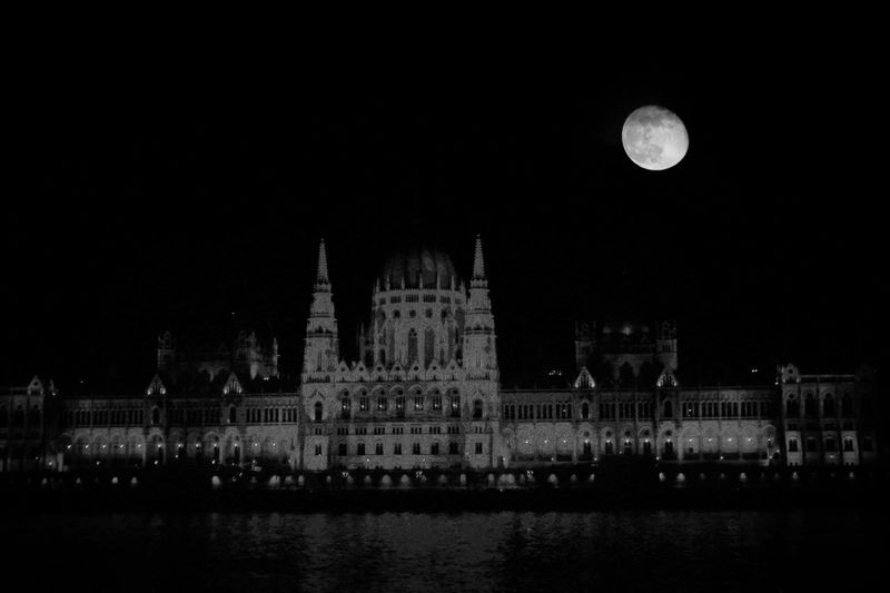 Moon over Parliament Hungry Hungarian Parliament Building Architecture Blackandwhite Black And White Moon Astronomy Water Illuminated Sky Architecture Planetary Moon Full Moon Moonlight