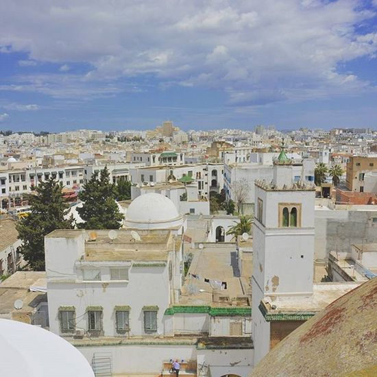 Wwim13 Tunisia IgersTunisia Medina Tunis Wwim13Tunisia Carthagina Mosque Minaret جامع محمد باي ... و قبة سيدي محرز في صورة :)