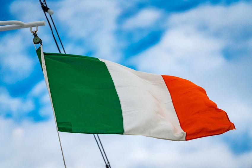 Partner Collection The EyeEm Collection Ireland Italia Italien Cloud - Sky Day Environment Flag Flags Flags In The Wind  Green Color Italy Italy❤️ Low Angle View National Icon Nature No People Outdoors Patriotism Pride Red Sky Textile Waving White Color Wind Patriotism Low Angle View Green Color