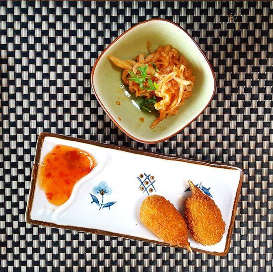 Sushi Garnelen Sweat And Sour Chili Sauce Crab Crabs Paniert Food Foodporn Eyeem Food  EyeEm Food Lovers Kraut Salad Enjoying Life Enjoy Enjoy Food Sushi Time Sushilover