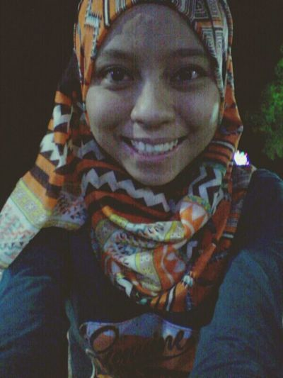 belanja selfie sikit. second date with fiance :)