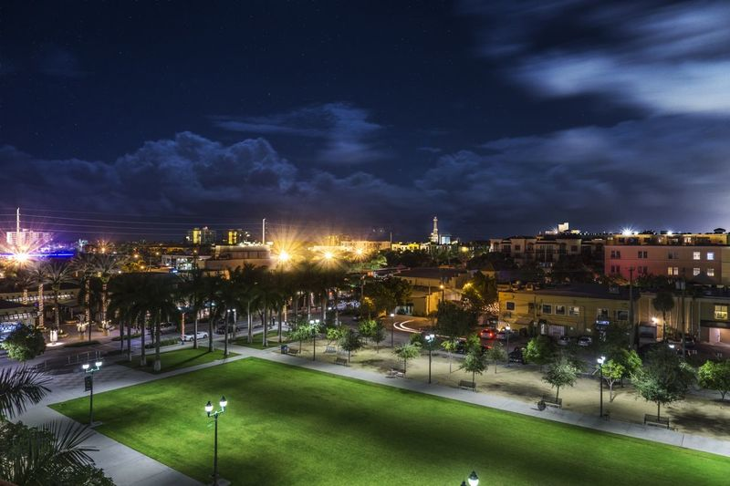 Dark hours in Delray. Night Nightphotography Streetphotography City Beautiful Rooftop Night Lights Clouds And Sky Stars Exploring