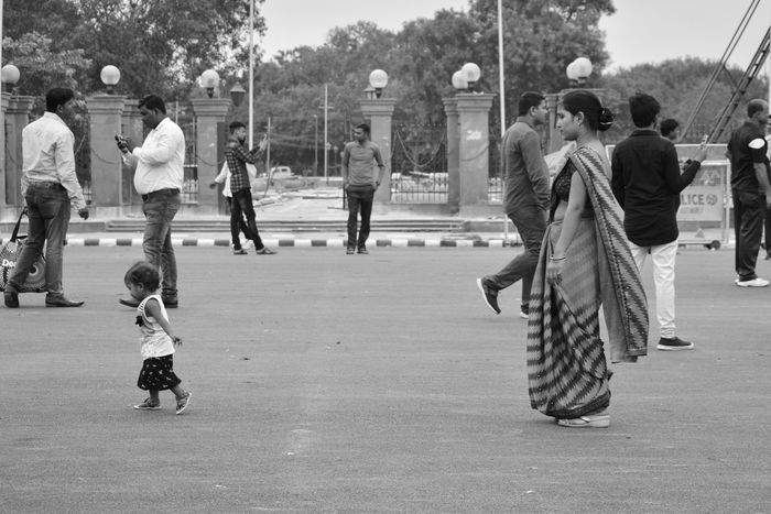 Child Childhood Girls Playground Playing Fun Togetherness Leisure Activity Chandnichowk Photographer Poorpeople Photography Streetphotography Photographeratwork Motherhood Mother & Daughter Mother Mother And Baby Motherlove Kidsphotography Kid Motherdaughterlove Full Length People Lifestyles