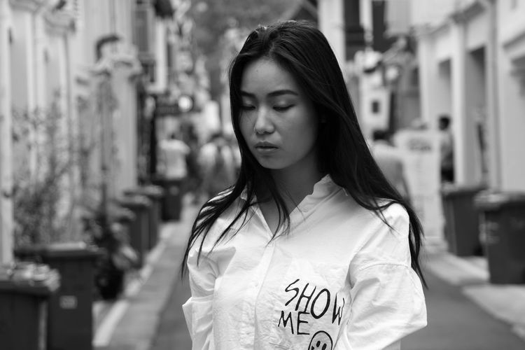 Black and white Young Adult Young Women One Person People Women City Life Outdoors One Woman Only Canon 80D Real People Beautiful Woman Singapore Portrait
