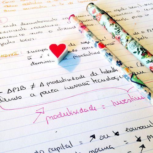 School Pen Pencil Heart ❤ Heart Cute Things Colors Shadow Light Focus Focus Object Degree