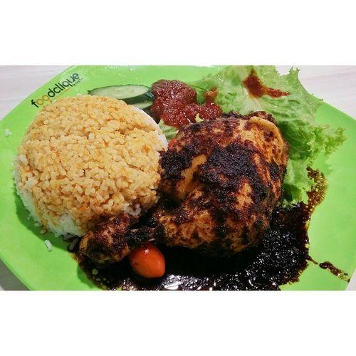 Steam chicken rice for lunch!