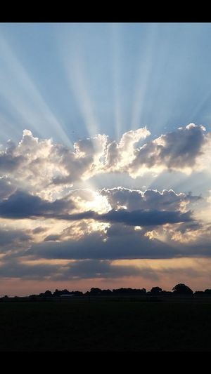 Dramatic Sky Sunbeam Cloud - Sky Nature Beauty In Nature Tranquility Awe No People Outdoors