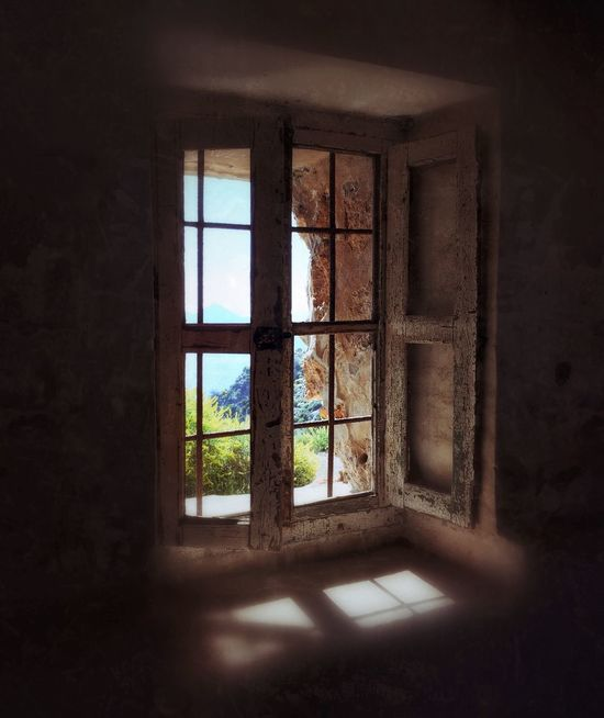 Old Window Frame Ruined Building Abandoned Window No People Architecture WINDOW WITH A VIEW Lived In Window Shutter Reflection SPAIN Calblanque Natural Park Calblanque