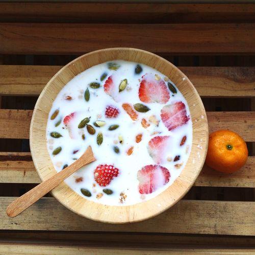 Light breakfast Breakfast Cereal Milk Fruit Meal Food Food Porn Foodphotography Healthy Food Clean